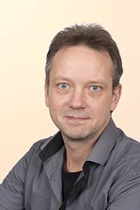Boekhouder Fred Brokaar van administratiekantoor Leiden